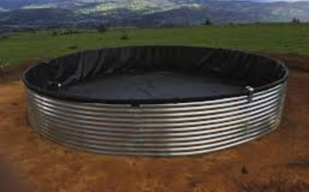 tanque australiano de chapa cubierto en lona