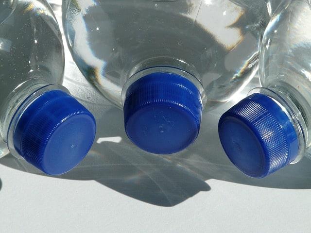 tapa de plástico para ser agujereada